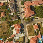 Terreno urbano, para moradia unifamiliar